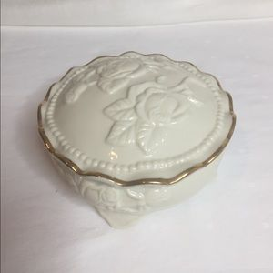 Other - Vintage Powder Container Cream Roses Gold Trim